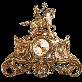 Часы из бронзы на камин «Королевская охота»