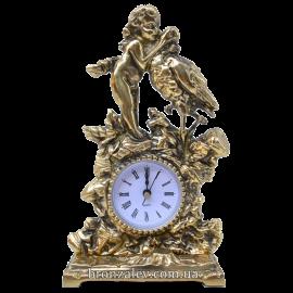 Настольные бронзовые часы из «Амур с птицей»