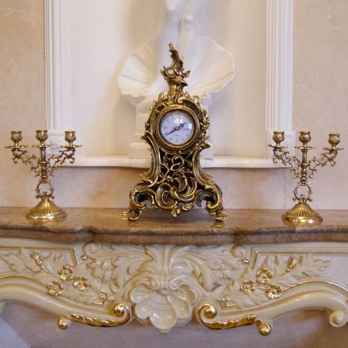 Каминные часы «Барокко» с 2 подсвечниками на 3 свечи