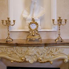 Часы на камин с 2 подсвечниками на 5 свечей