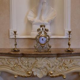 Часы «Корона» с подсвечниками под 1 свечу